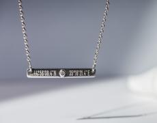 bijoux coordonnées gps