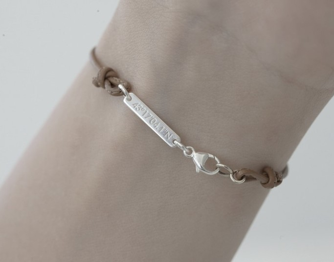 gemografic-bracelet-femme-avec-gravure.jpg